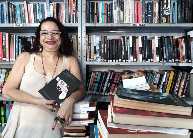 Sebo Loucos por livros Ribeirão Preto Deya Marques