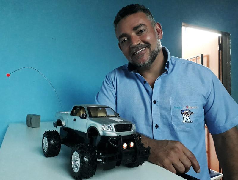 Egnaldo conserta brinquedos Doutor dos Brinquedos Ribeirão Preto