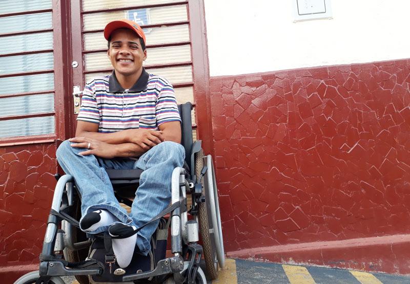 Carlos campeão de halterofilismo paralimpico Ribeirão Preto - História do Dia