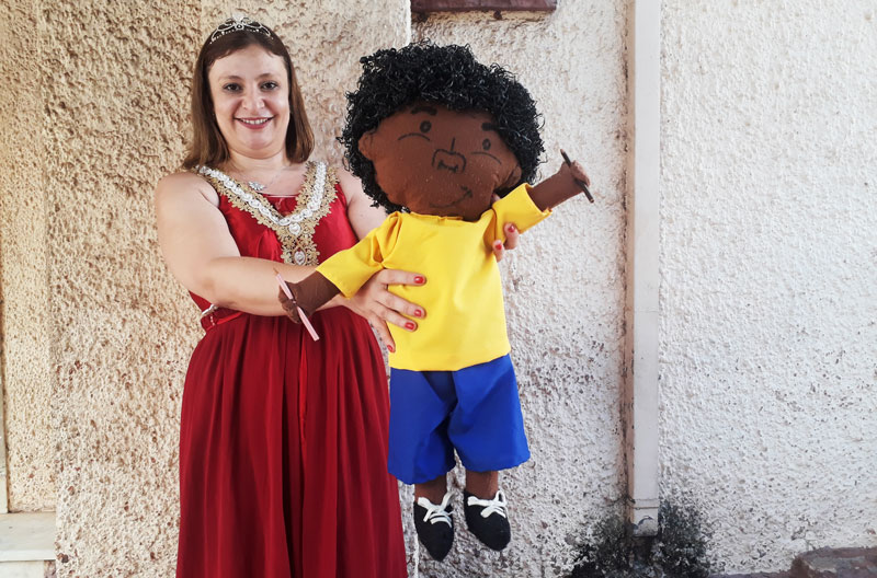 Ana Paula Marini O lápis cor da pele do menino marrom
