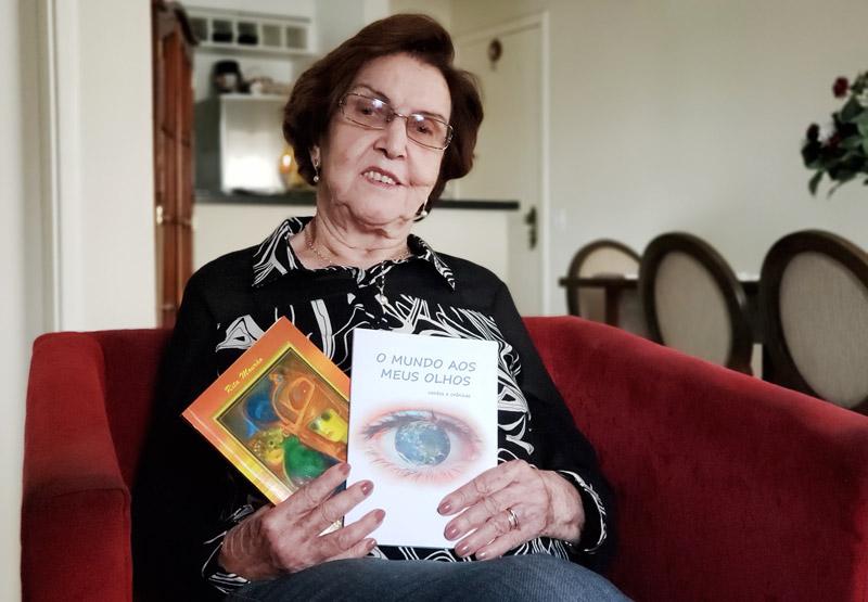 Rita Mourão escritora