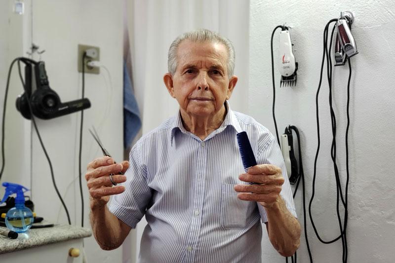 Antônio Zarur barbeiro Ribeirão Preto Santa Cruz