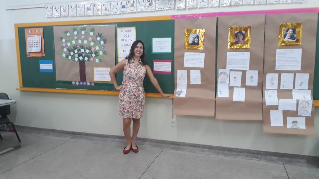 Professora Rachel História do Dia